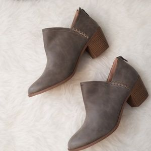 JC Ankle Boots with Heel 11